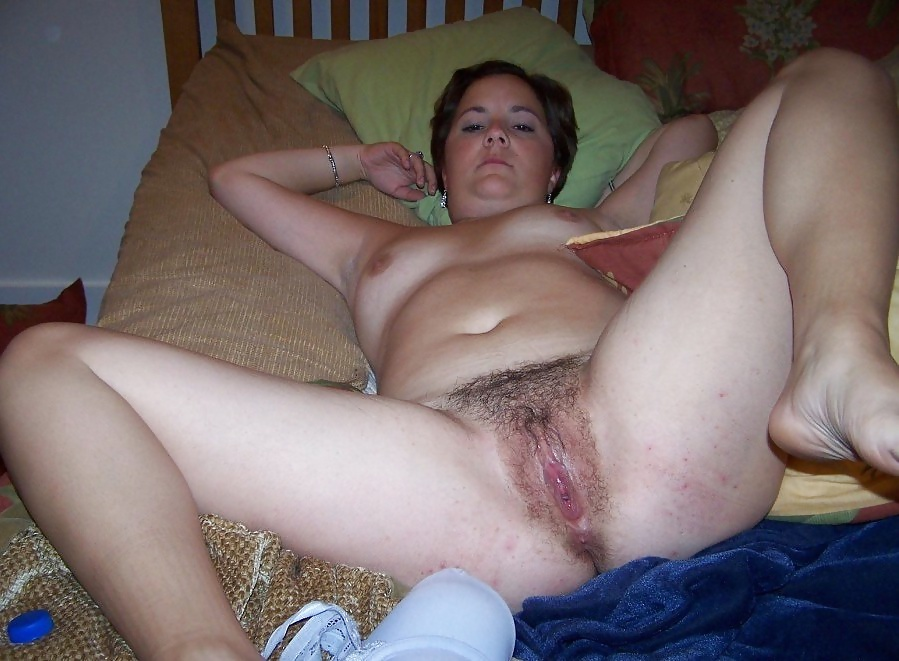 mom sleeping naked