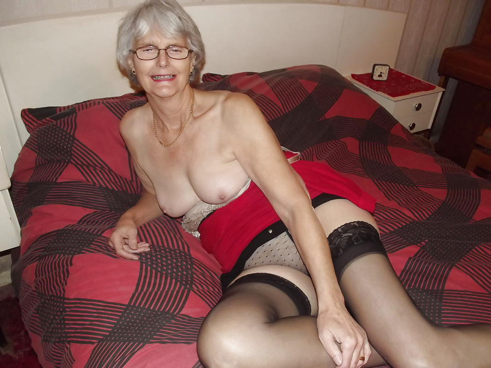 Short hair mature milf glasses